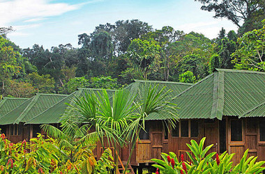 Bungalows der Ecoamazonia Lodge