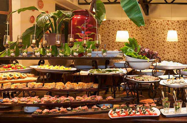 Buffet im Hotel Saint George