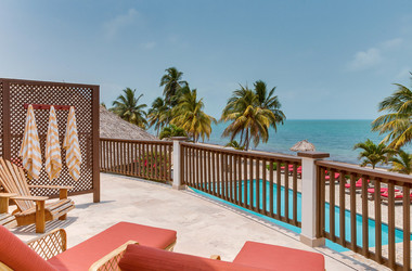 Balkon der Jaguar Reef Lodge in Belize